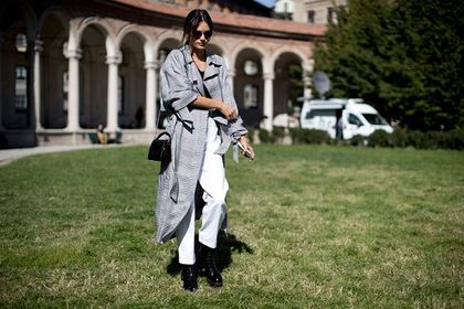 Płaszcze w kratę będą bardzo modne jesienią i zimą 2020! Casualowa elegancja w wielkim stylu