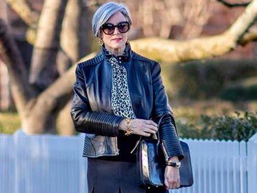 Te kurtki to must have sezonu. Doskonałe dla każdej stylowej kobiety po 50-tce. Dodaj pazura swojej stylizacji!