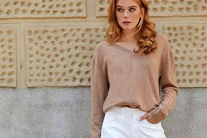 To najdroższa tkanina na świecie! Ubrania z niej wykonane kupisz z ogromnym rabatem - nawet -69% !