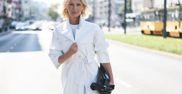 Get the look: Magda Mołek w białym płaszczu z Reserved. Ten elegancki model robi wrażenie!